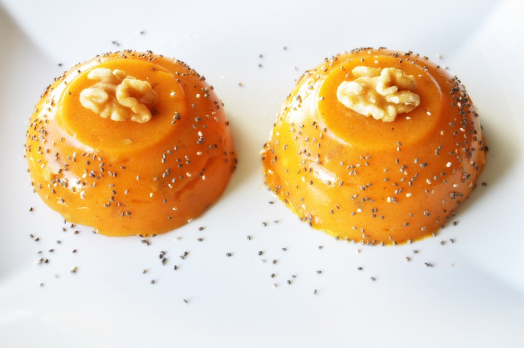 Persimmon-pudding-with-walnuts-1024x680