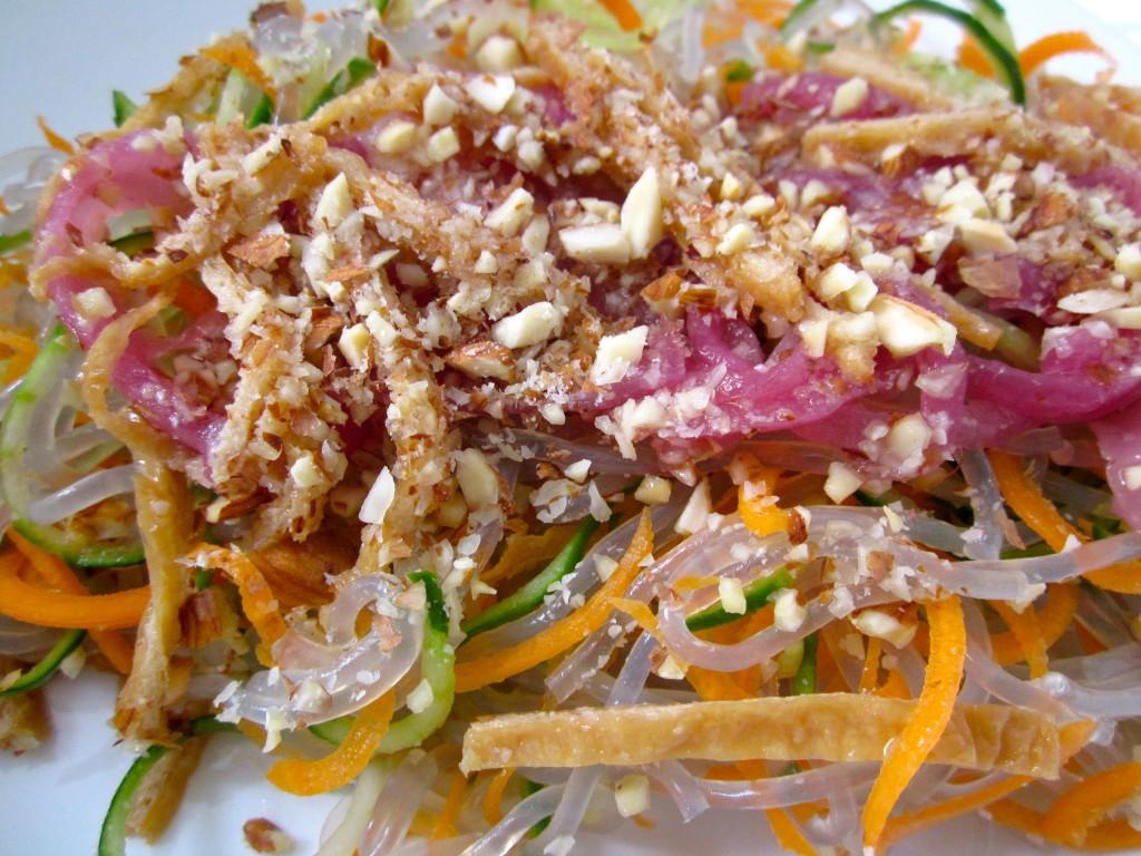 living-food-mekong-salad