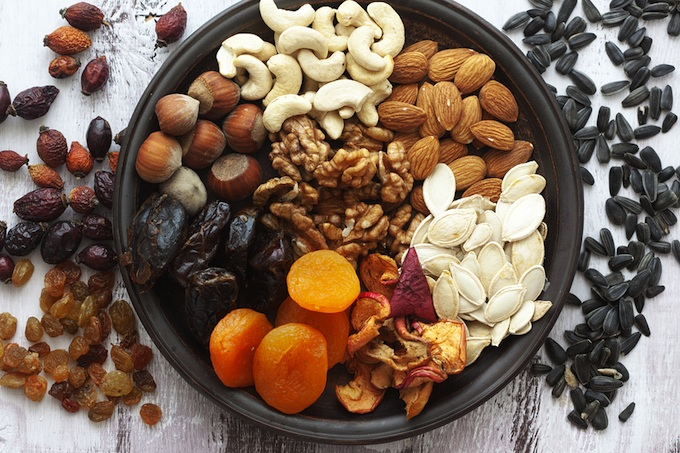 nuts-and-seeds-phytic-acid-raw-vegan-diet