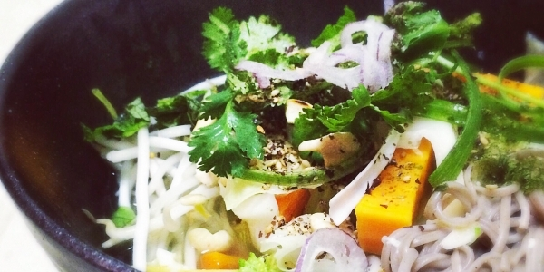 large_aloha-soba-noodles-with-ginger-lemongrass-broth-tina-leigh-hero