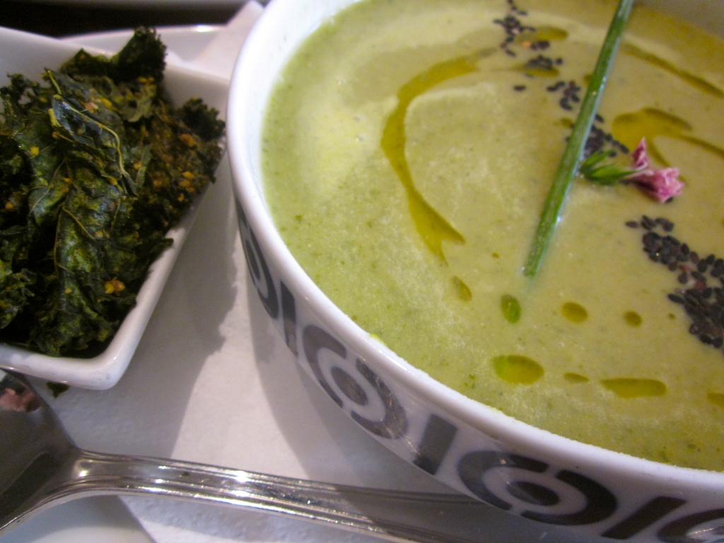 kale-chips-raw-soup