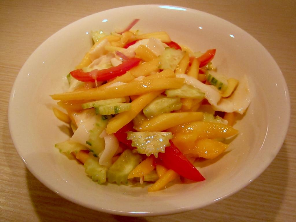raw-vegan-spicy-noodles