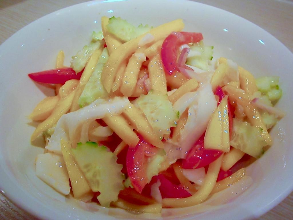 raw-vegan-spicy-coconut-mango-noodles