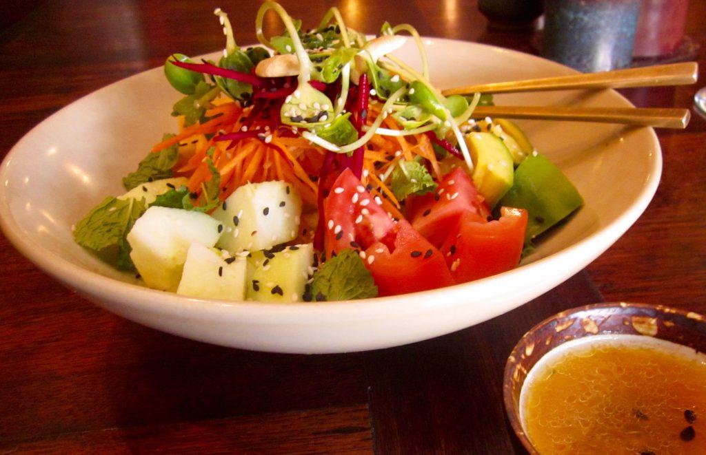 apple-mango-avocado-salad
