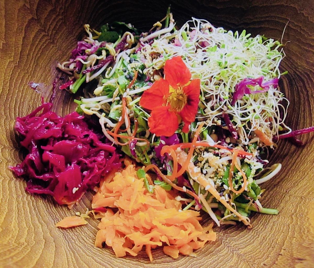 raw-vegan-salad