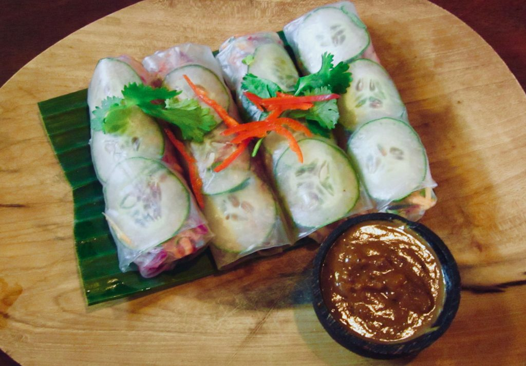 fresh-raw-vegan-spring-rolls