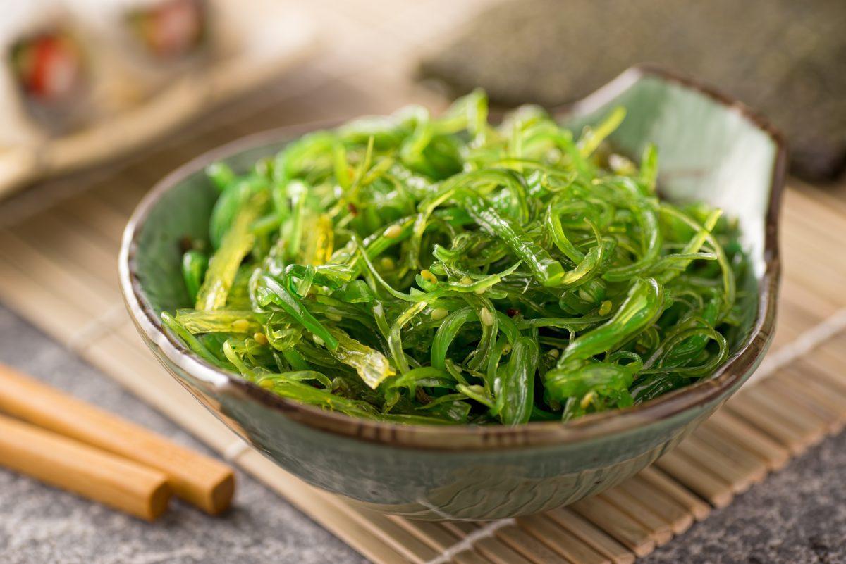 seaweed-wakame-salad