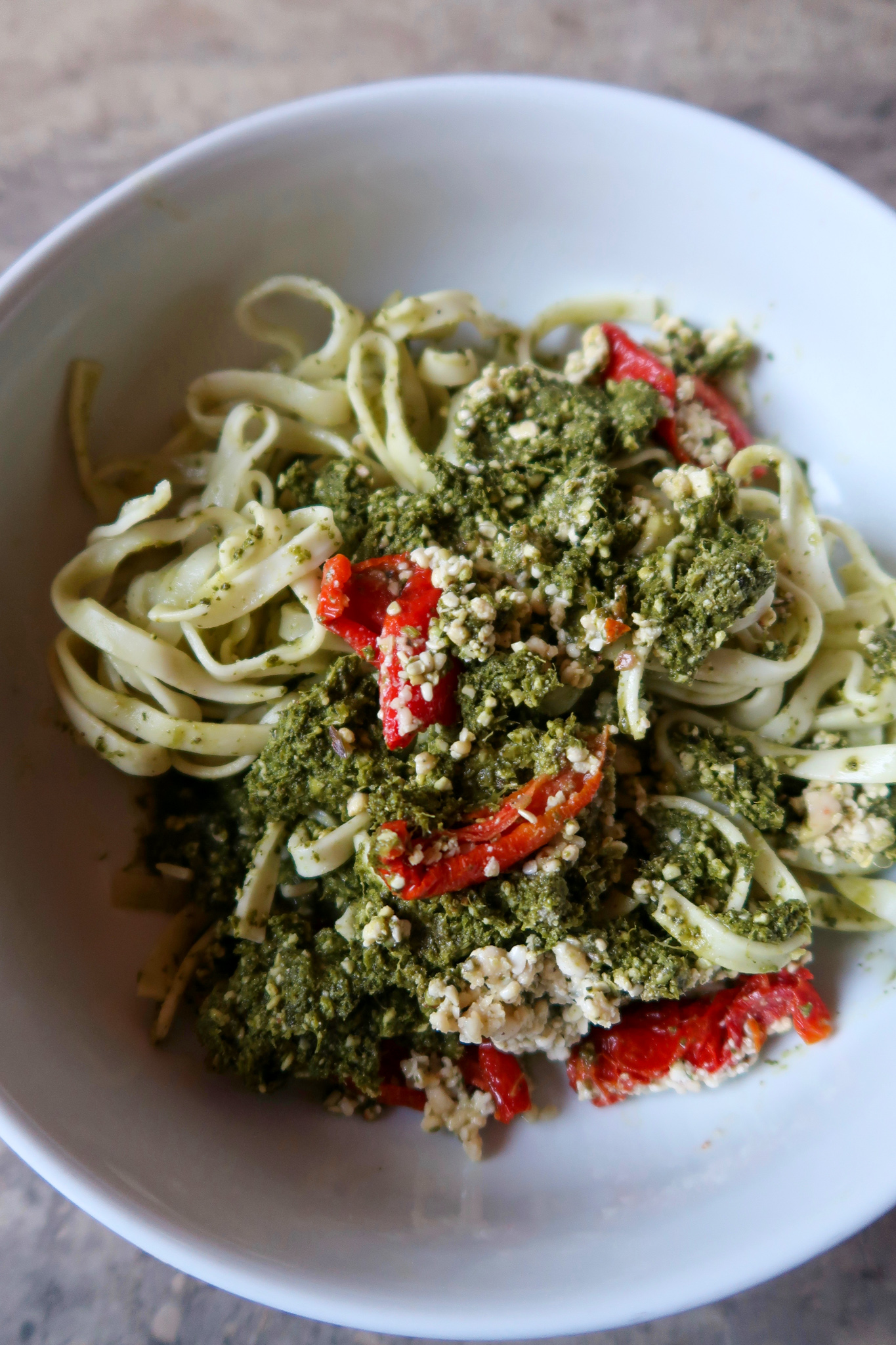 kale-pesto-noodle-bowl-splendid-spoon